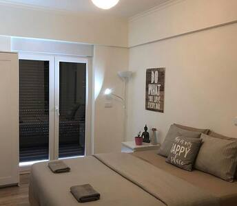 Calm& Modern Double room with private balcony