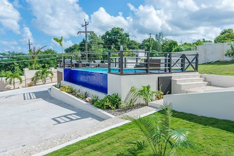 Catchy 2BR Townhouse w/Pool, Beach Club, Montego Bay #5 - 30 Mins Antigen Result