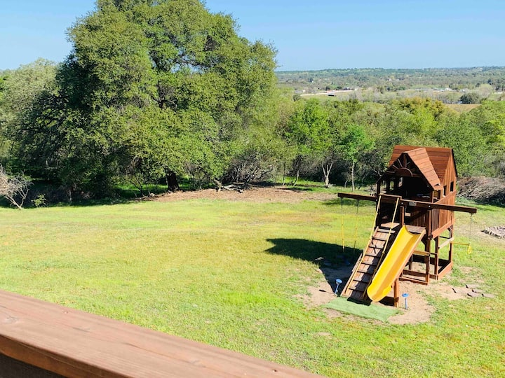 Family Friendly Ranch Stay~Relax and Fun for All!