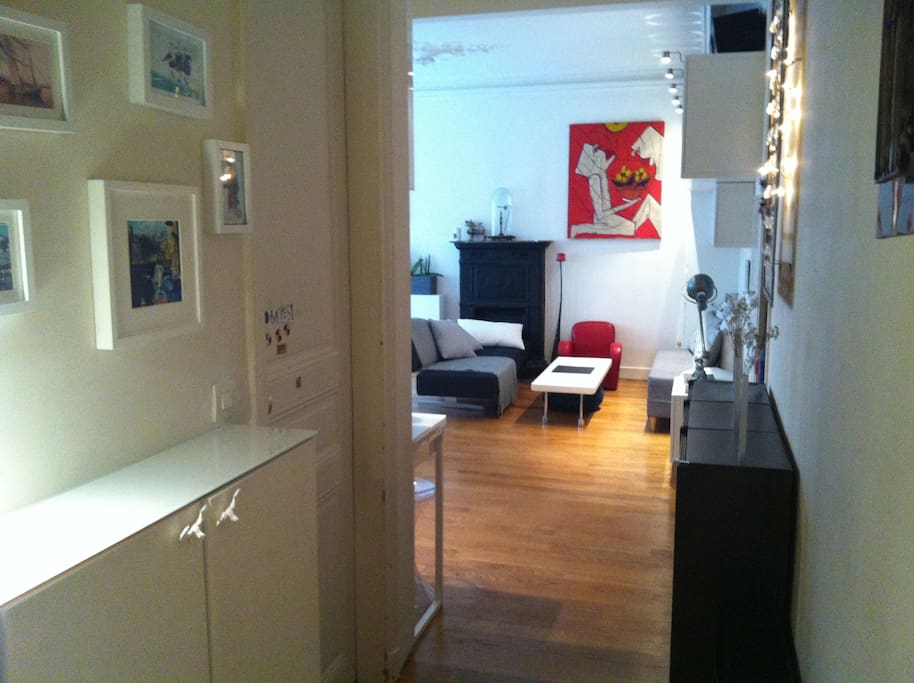 Appartement familial moulin rouge montmartre - Nid rouge lincroyable appartement paris ...