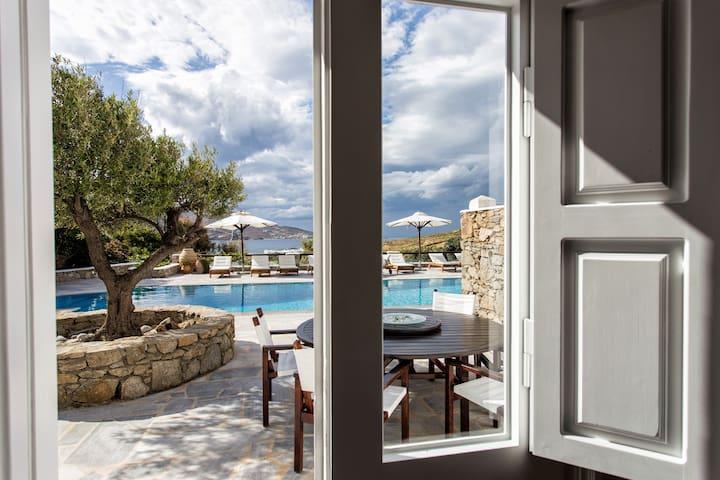 Sky Suite, Villa Galaxy, Mykonos-Ftelia