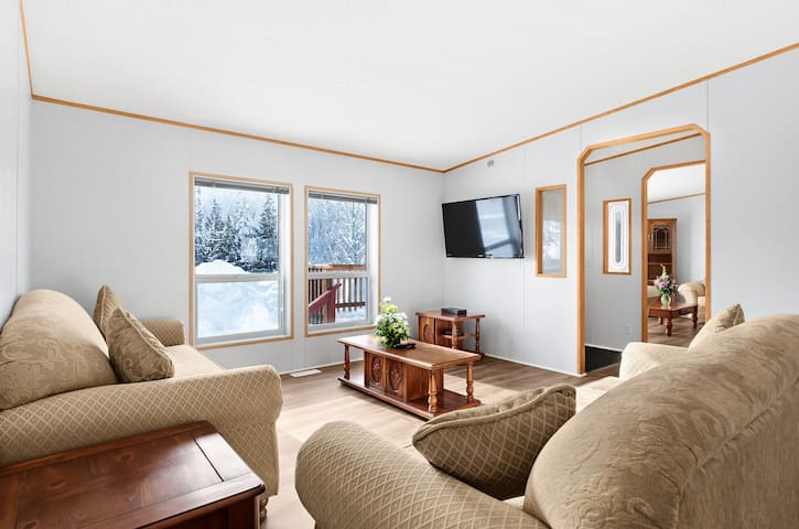Rossland Red Mt. Grand Residence Suite