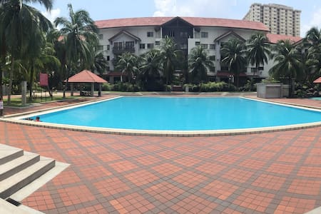 Spacious Villa, Villa Baiduri. Near to City Center - Ampang Jaya