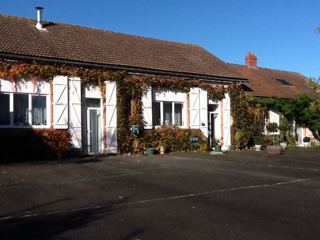Execole - Saint-Christophe-du-Ligneron - Pension