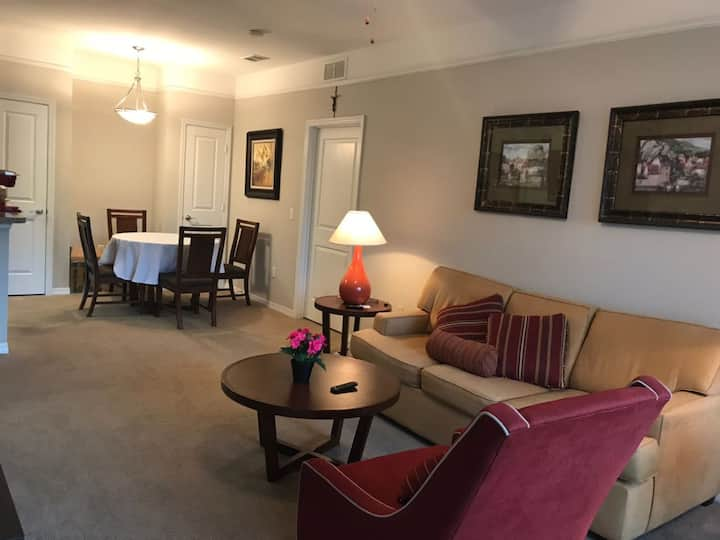 2/2 LUXURY CLOSE TO DISNEY, UNIVERSAL, OUTLETS