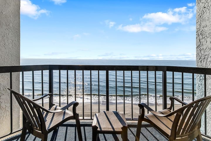 Ocean Front, King Bed, Amazing Amenities