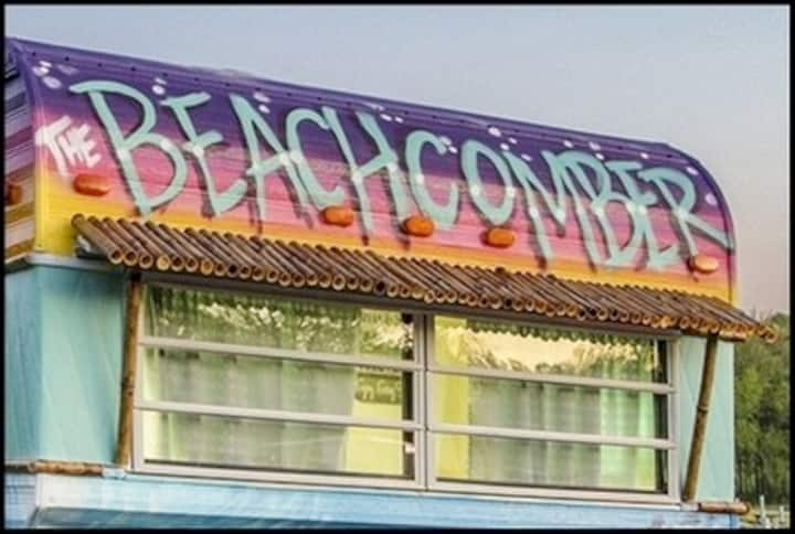 """The Beachcomber, """" Glamper"""" for rent at Nolin Lake"""