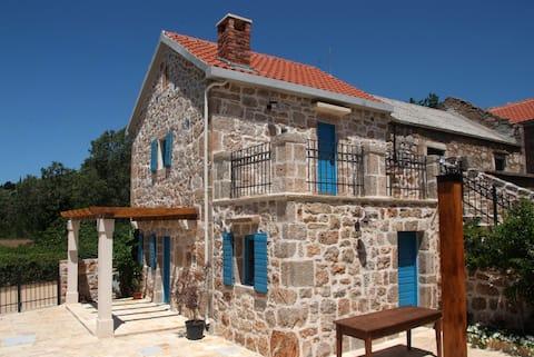 Stone house Goranova kuća
