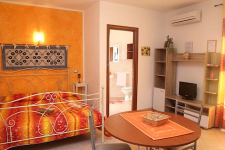 Monolocale casa vacanze La Fortezza - Castelsardo - Villa