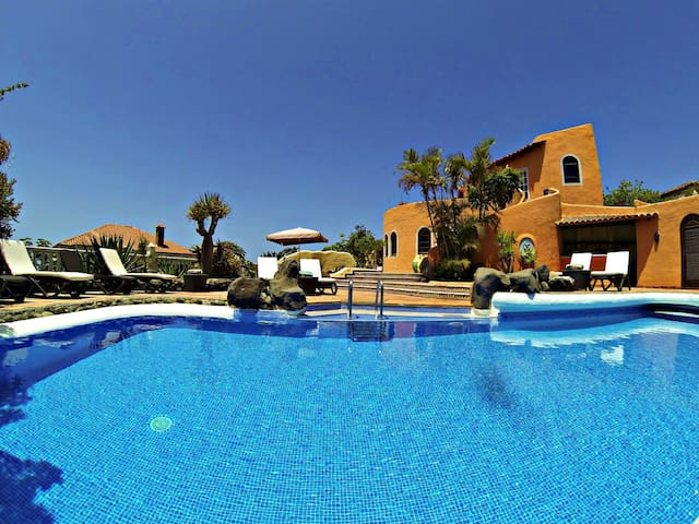 Villa Andalucia, Chayofa Alto - Chayofa - Villa
