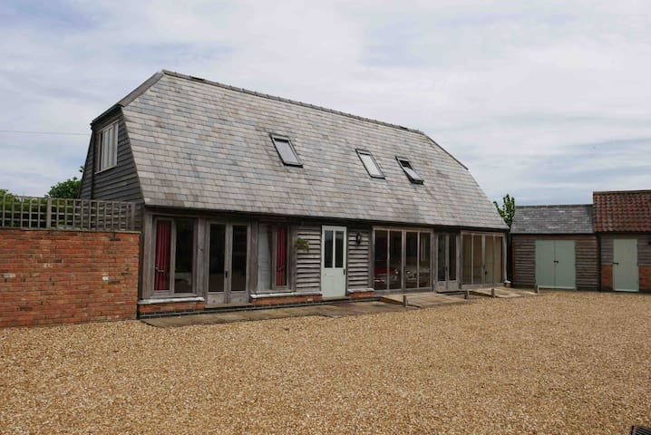 Newly renovated barn in rural Northamptonshire