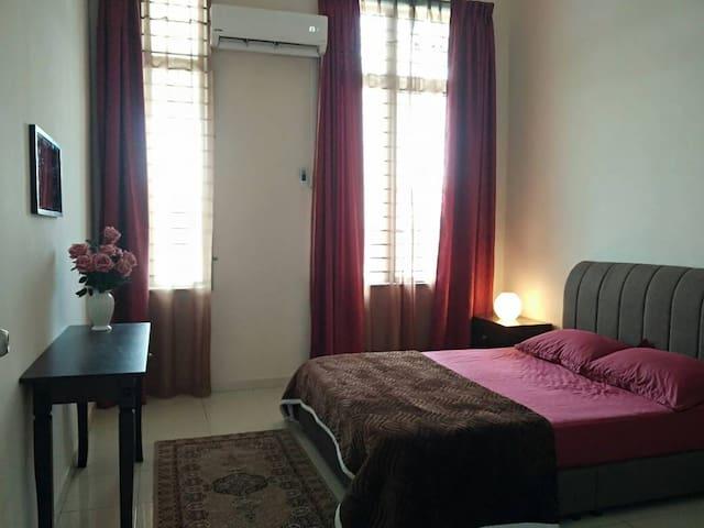 Sofea Homestay,Bukit Katil Melaka (Entire House)