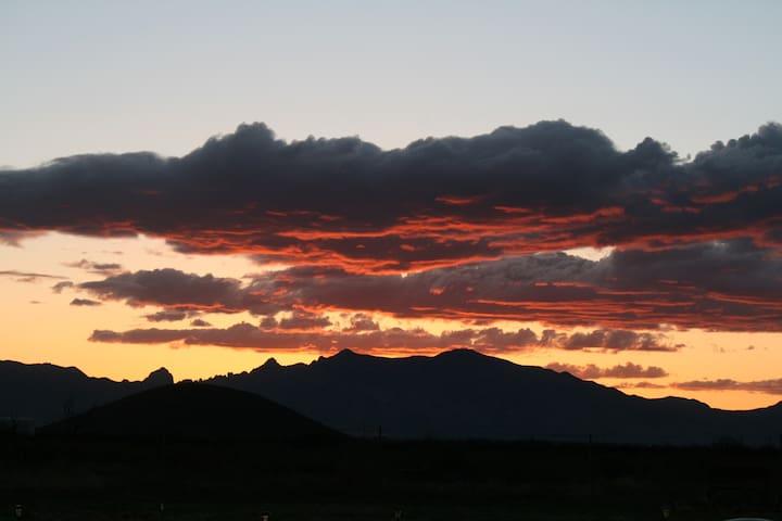 Scenic Birder Ranch $700WK 360 MT View Pearce, AZ