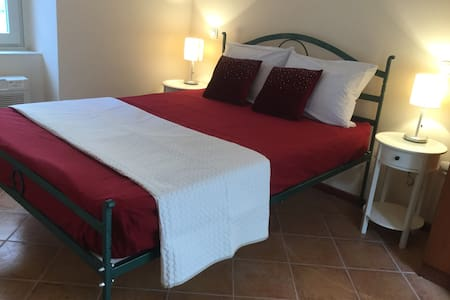Vila Perast standard room - Perast - Bed & Breakfast