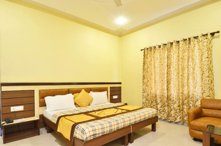 Executive Room walking distance from Golden Temple