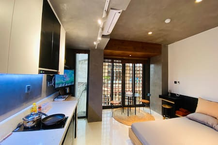 STUDIO! 1 Bed+ With Smarthome and terrace pool