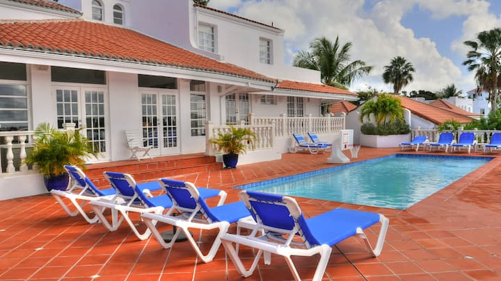 Villa d'Acquario, St. Maarten. Waterfront Villa