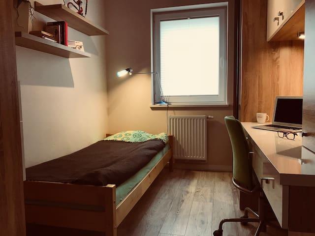 Beautiful new sgl bedroom - Poznań Jezyce!