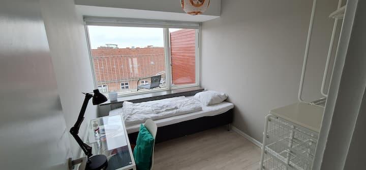 Østerbro - Pendel værelse - Copenhagen