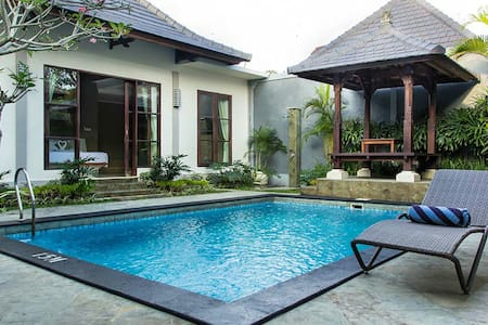 Friendly Sharing Room Premier Villa - Villa