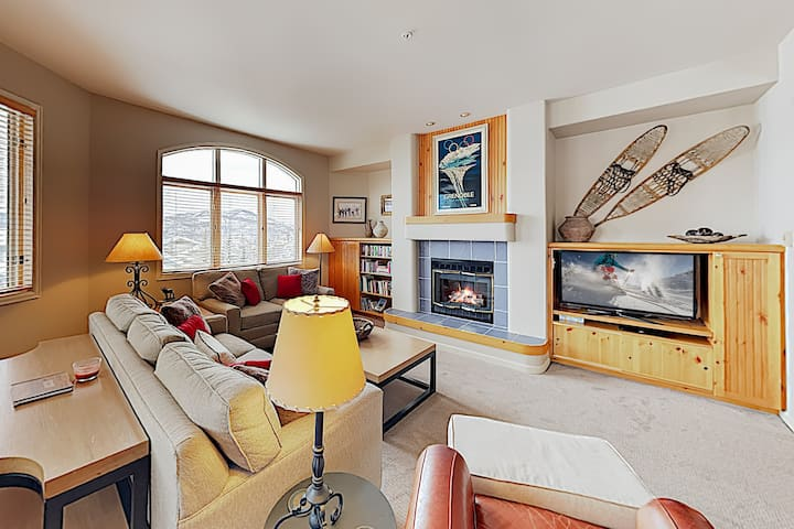 Ski-In/Ski-Out Penthouse w/ Epic Resort Amenities