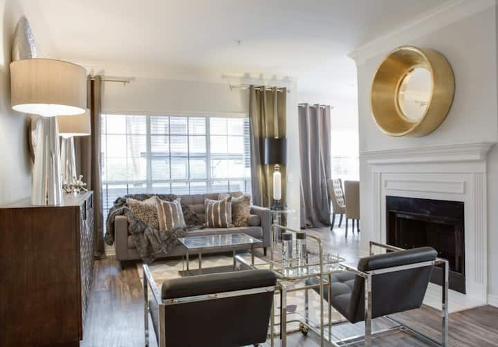 Incredible Las Colinas 2BR w/ hotel-like amenities