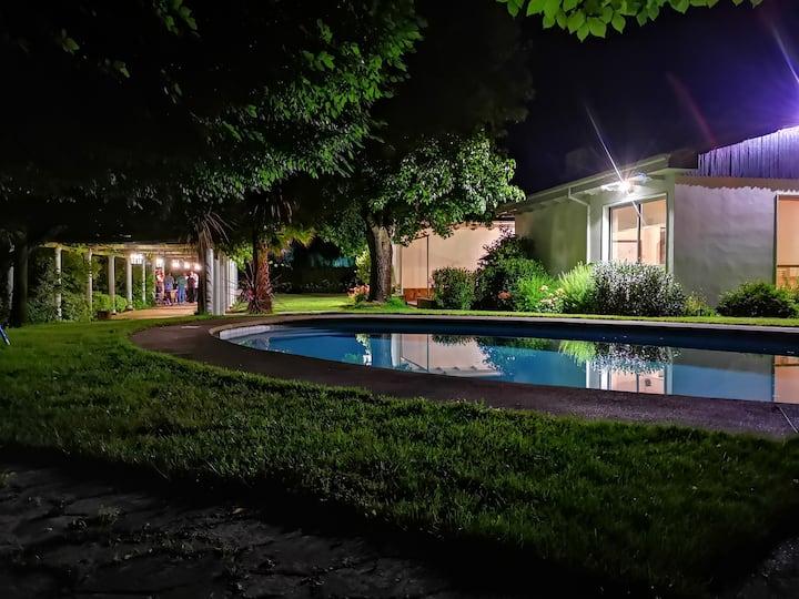 Ampurdam - Hotel Rural -Habitación Baño Compartido