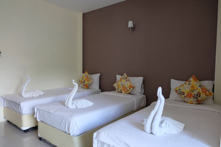 Life and Love Resort Aonang Krabi Thailand 3 Beds