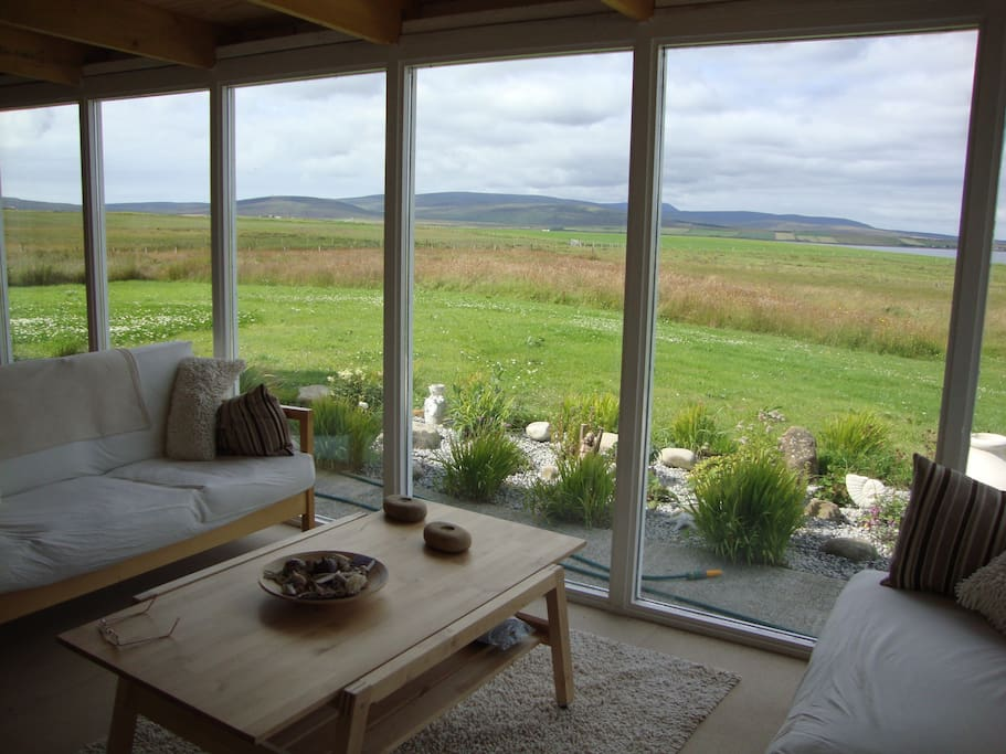 Sun room with computer access. Views of the Hoy Hills and Scapa Flow,