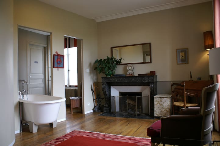 B&B Hippolyte La Cimentelle - Avallon - Bed & Breakfast