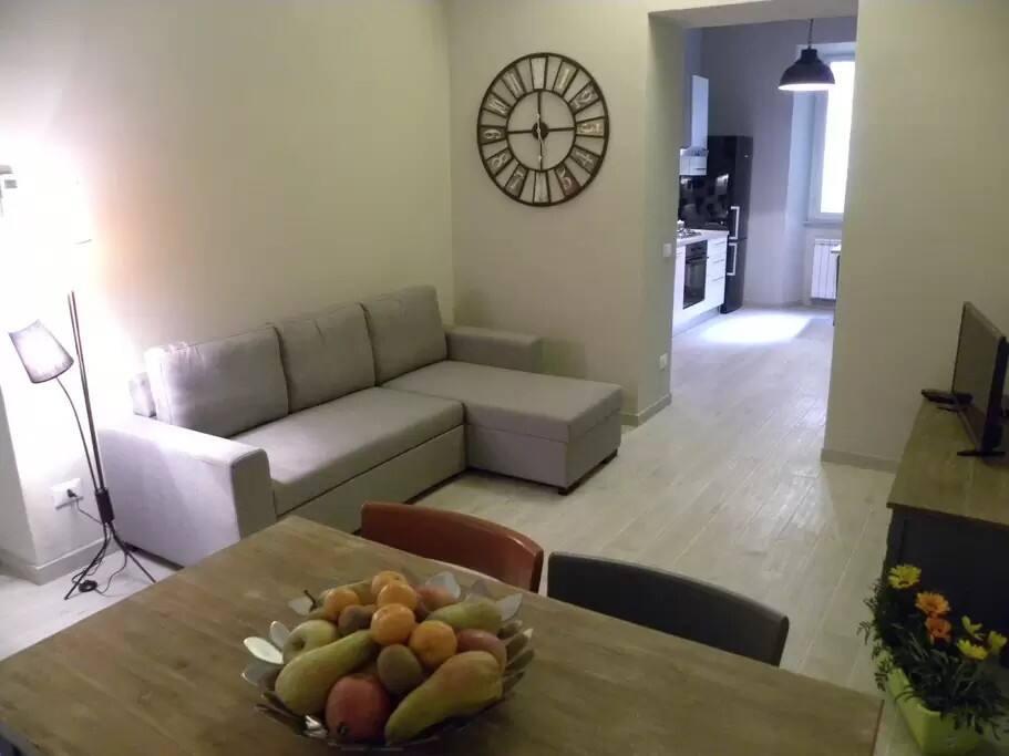 living zone & kitchen