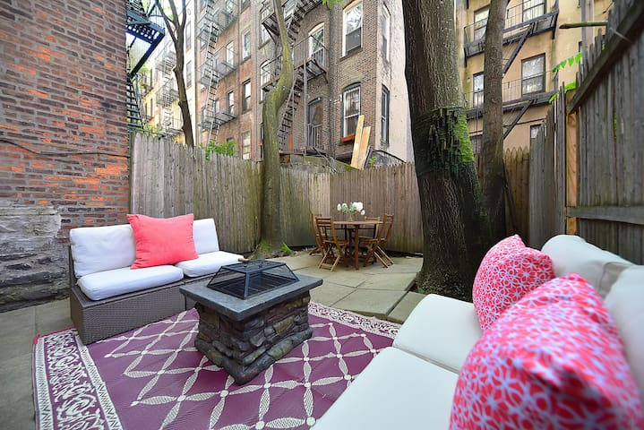 ★99.9% Disinfected 3 BR Apt. Downtown NYC★