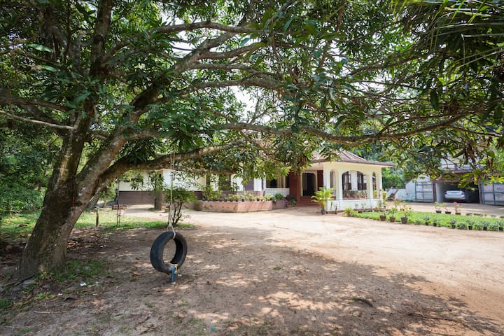 Cozy stay in a Christian Ancestral Home - Alappuzha - Casa