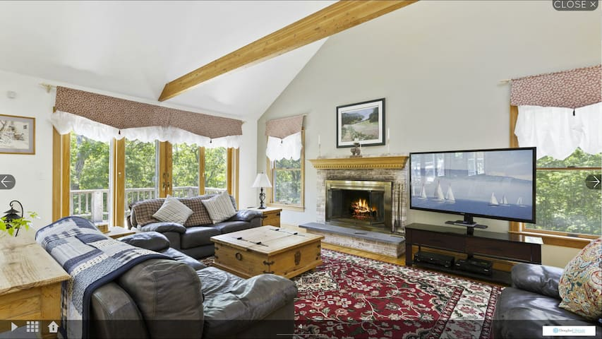 Hampton Home - Large Pool, 2 private wooded acres - Amagansett - Hus