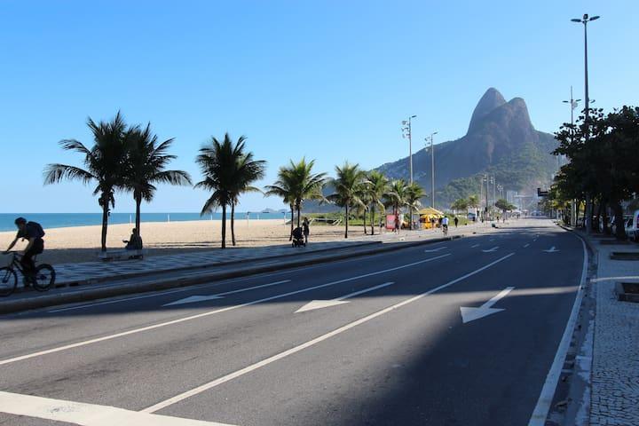 Ipanema Beach FA