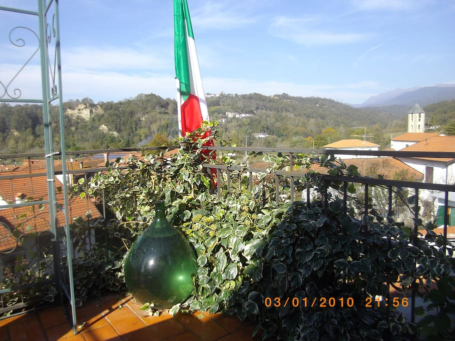 The sun terrace with wonderful panoramic views of the surrounding area