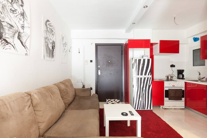 home sweet home :) - Athina - Lägenhet