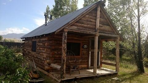 Beautiful rustic log cabin