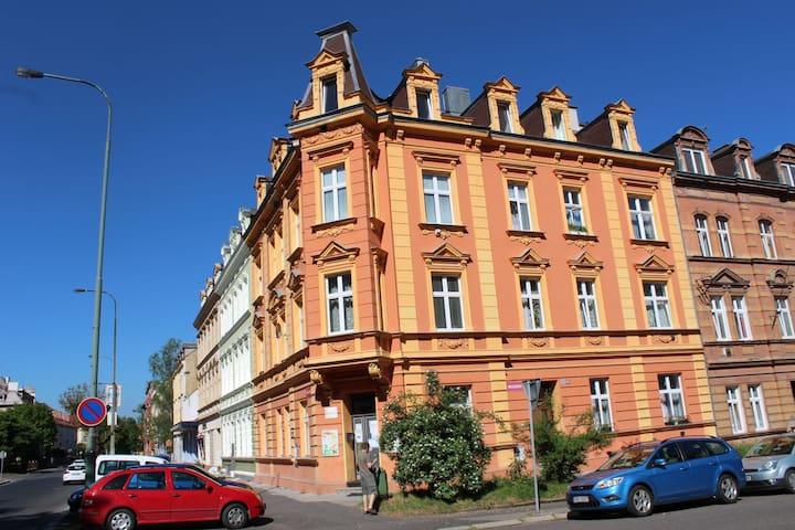 Bydlení v centru Karlových Varů