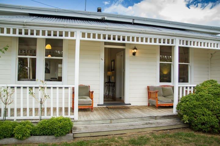 Corner Cottage - Martinborough - Casa