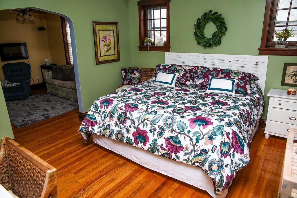 Main Bed- 1
