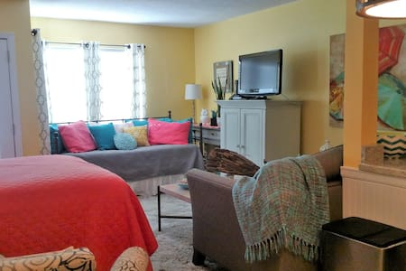 Cozy Studio close to the beach and many amenities - Destin