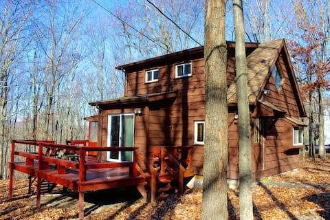 Woodland Retreat in the Poconos