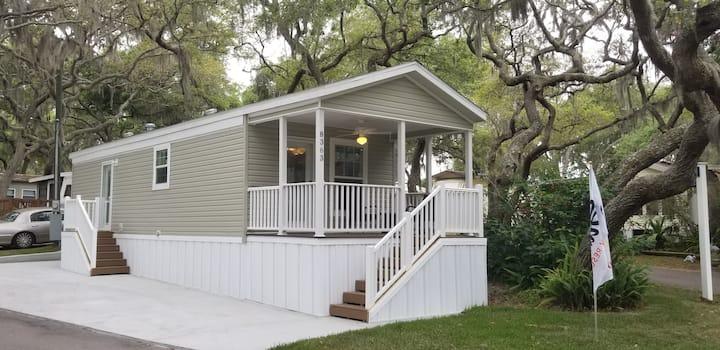 Hidden River Vacation Cottage #161