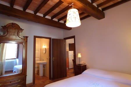 Residenza Alessandrini - กับบิโอ