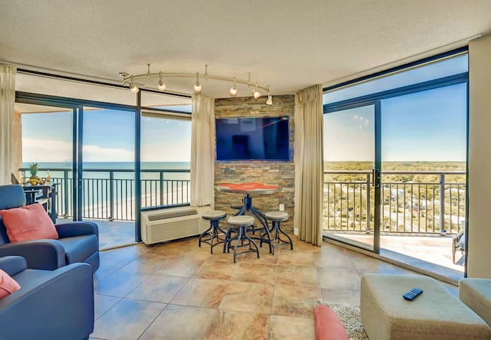 PENTHOUSE 39/2 BALCONIES/KING/BESTVIEW IN MYRTLE