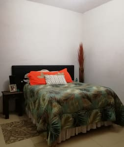 Clean & Spacious room