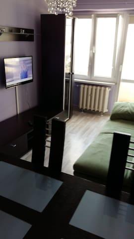 Mieszkanie dwupokojowe w centrum Ciechocinka - Ciechocinek - Lägenhet