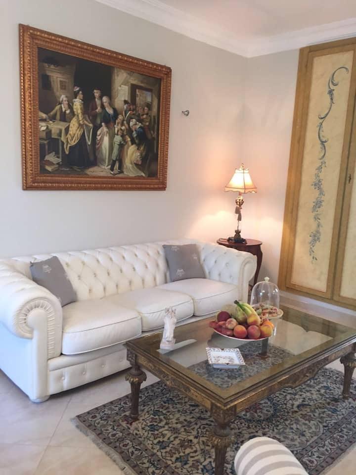 Esclusivo appartamento in villa