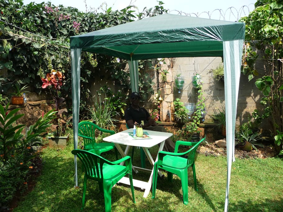 lush gardens to relax, read a book or talk with with your friendly hosts